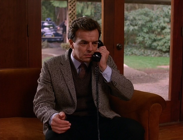 Leland Palmer (played by Ray Wise)