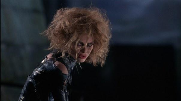 Batman-returns-catwoman-michelle-pfeiffer