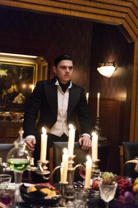 ahs-hotel-episode-4-james-march