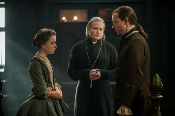 top-3-moments-in-outlander-episode-the-hail-mary-mary-marries-jack-randall-starz-1034963