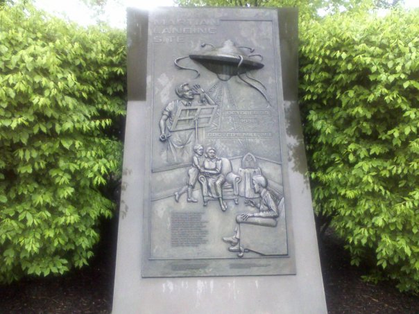 War of the Worlds monument