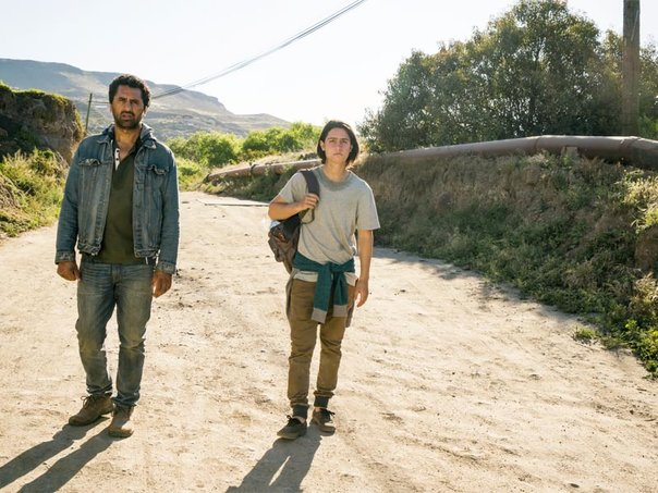 rsz_fear-the-walking-dead-episode-210-travis-curtis-chris-henrie-pre-800x600