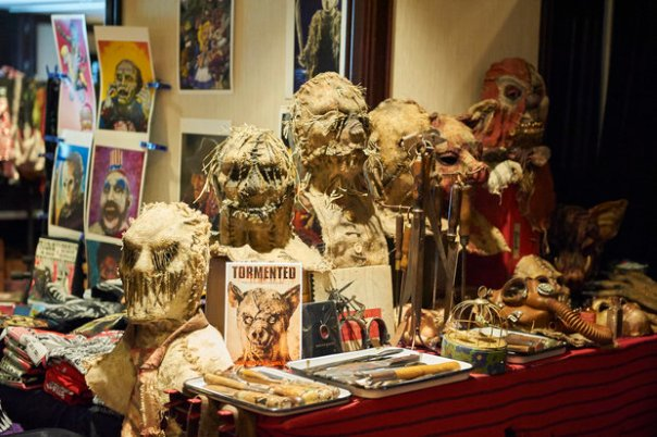 rsz_a_frighteningly_scary_display_at_horror_rama